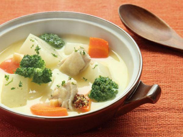 コーンスープでシチュー