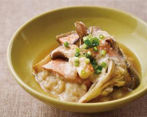 焼きキノコと鮭のとろろあんかけ煮