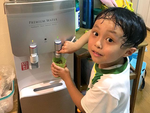 プレミアムウォーターのお水は毎日使っています!