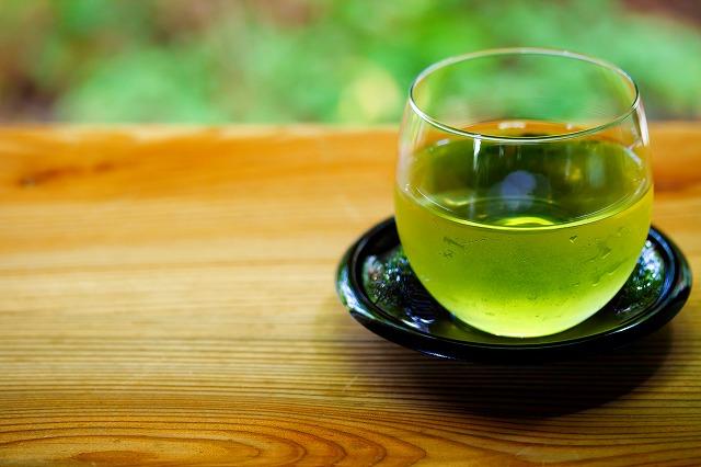 お茶の水出しは簡単お手軽! おいしいお茶を楽しもう!|天然水 ...